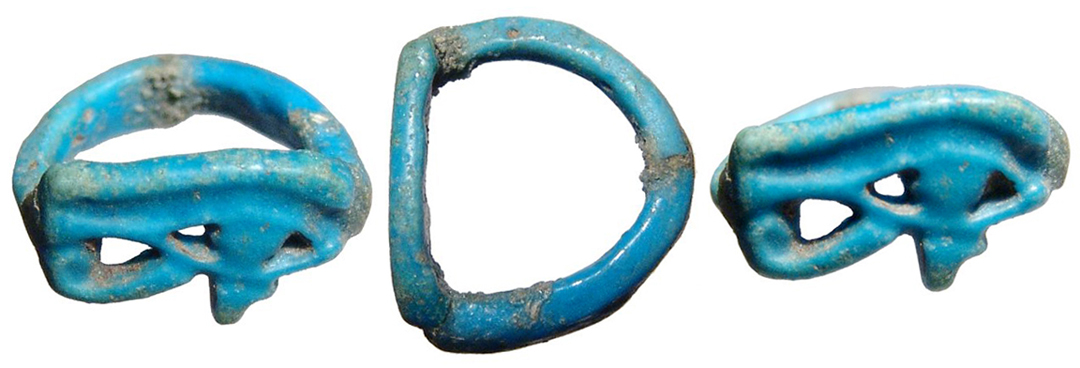 amarna late 18th 19th dynasty c 1426 1190 bc an attractive blue faience eye of horus ring well preserved faience with good color repaired - Faience Colore